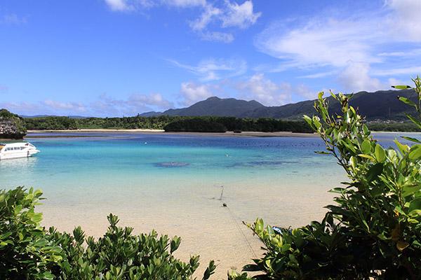 石垣島到着日から全力で遊ぶ!海と観光と中心地で必要品をお買いもの【石垣島1】