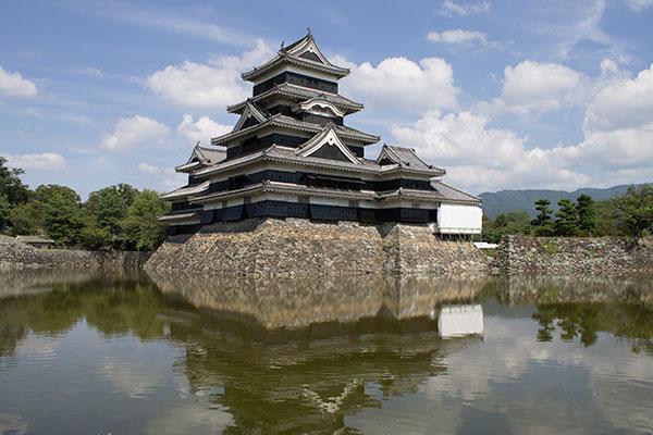 松本城の雄姿と超強力心願成就スポット四柱神社[長野3]