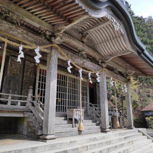熊野三山の奥宮の玉置神社と、三千年の時を経た神代杉