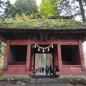 曇一時雨と晴の戸隠奥社と、戸倉上山田温泉のおしゃれなラーメン屋さん